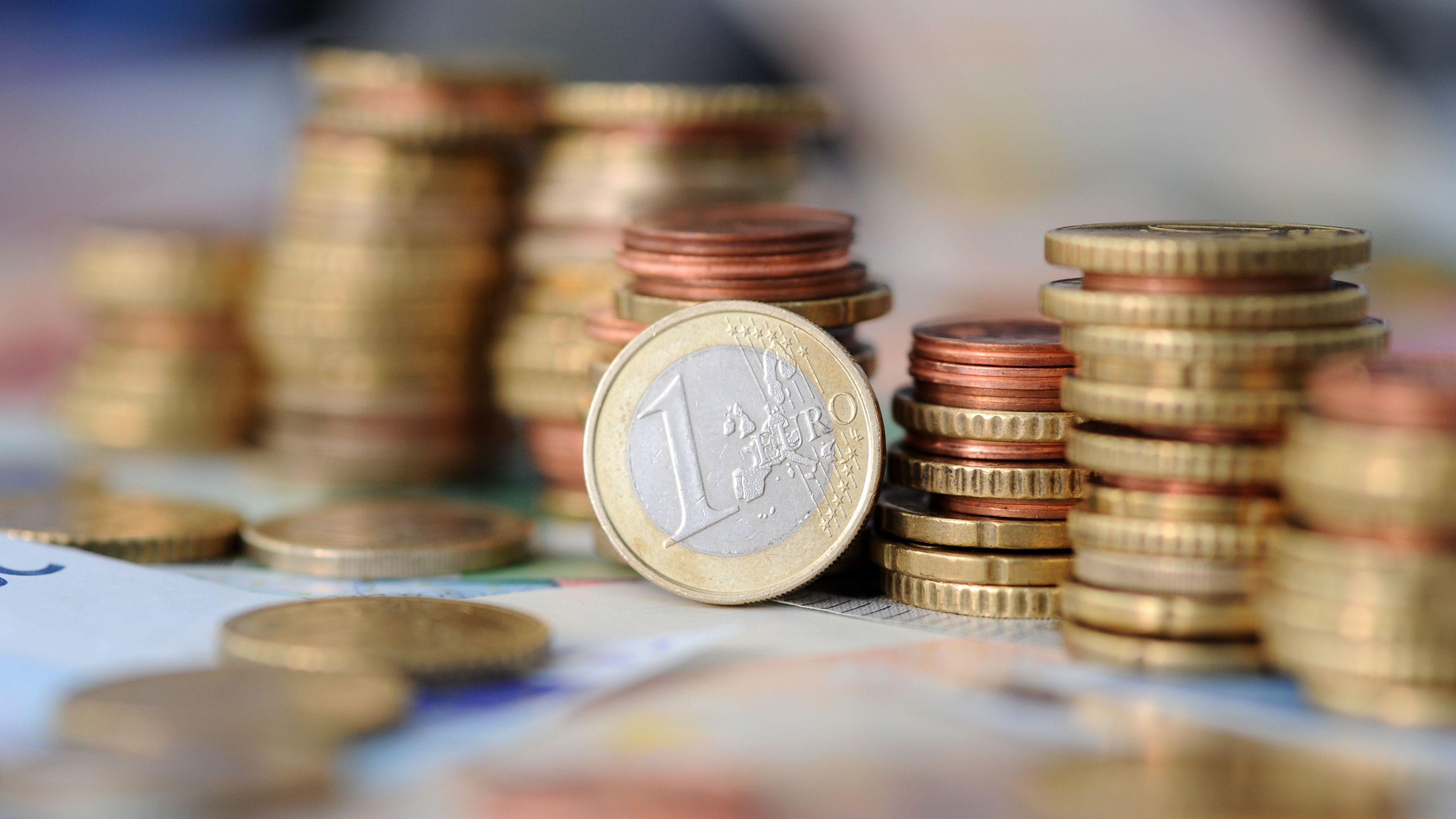 Vor allem dank sprudelnder Steuereinnahmen stehen für den kommunalen Finanzausgleich in Bayern 2010 erstmals über 10 Mio Euro zur Verfügung