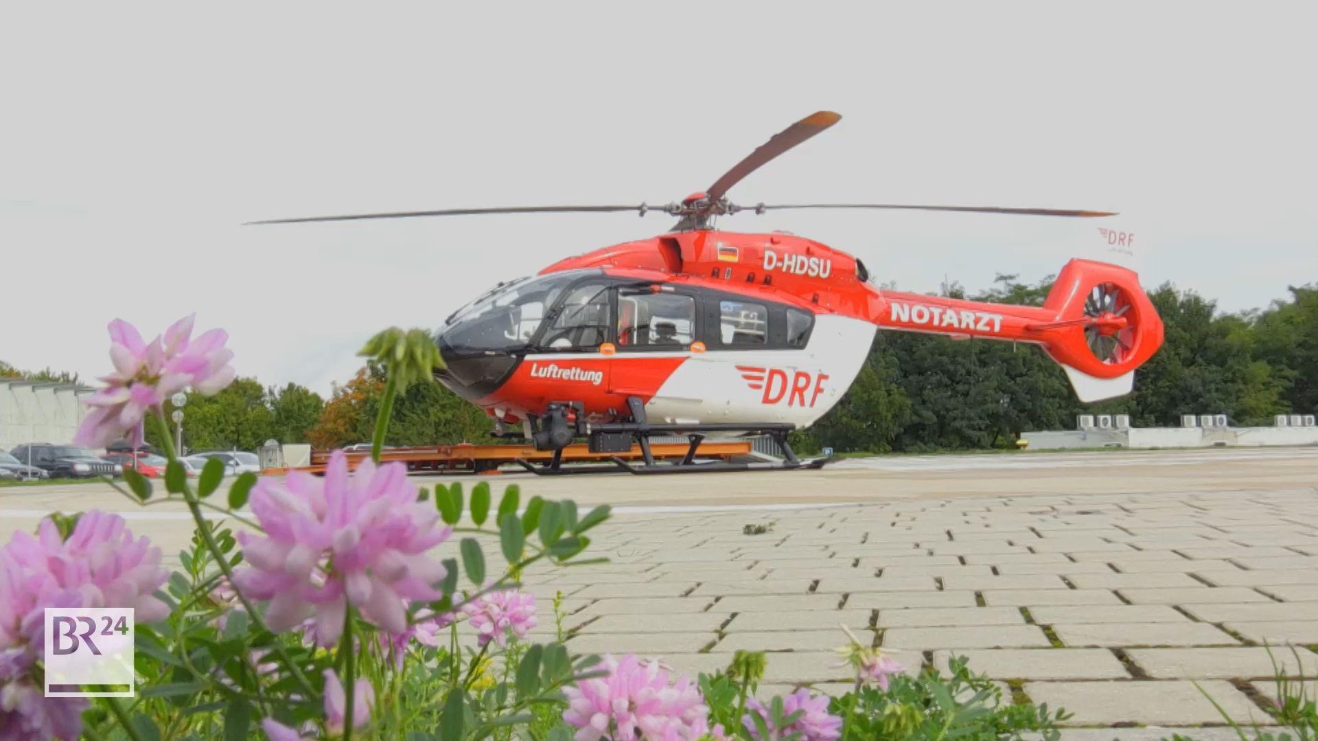 Feier zum 25-jährigen Bestehen der Luftrettung in Regensburg