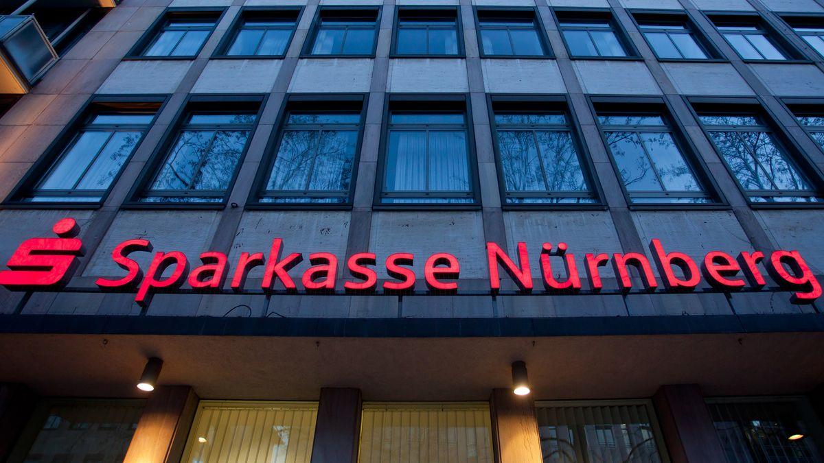 Die Fassade der Sparkasse Nürnberg