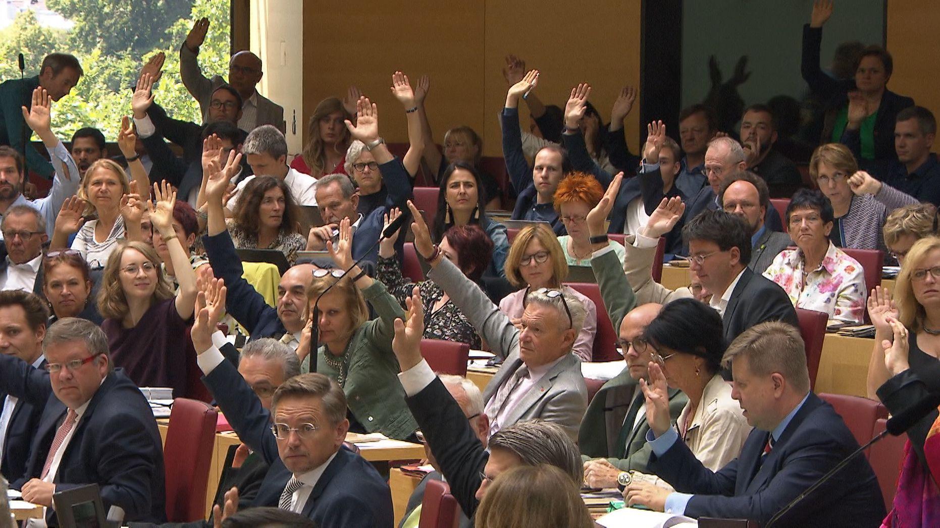 Der Landtag stimmt über das Artenschutz-Volksbegehren ab