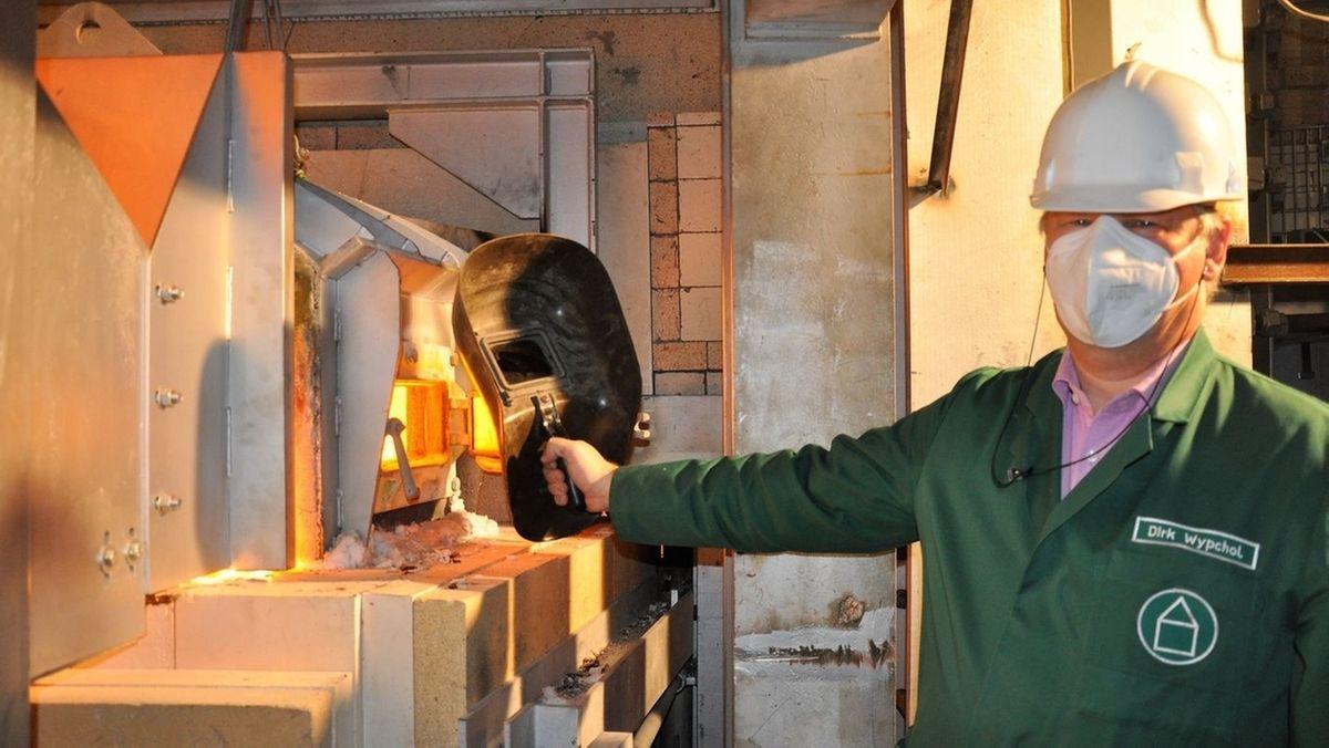 Produktion in neuer Braunglaswanne bei Gerresheimer in Lohr