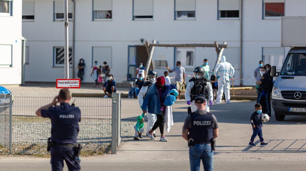 Großeinsatz der Polizei in der Asylunterkunft in Traunreut