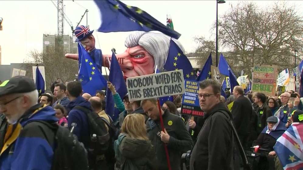 Am Samstag: Hunderttausende gegen Austritt aus EU, Forderung nach zweitem Brexit-Referendum | Bild:BR