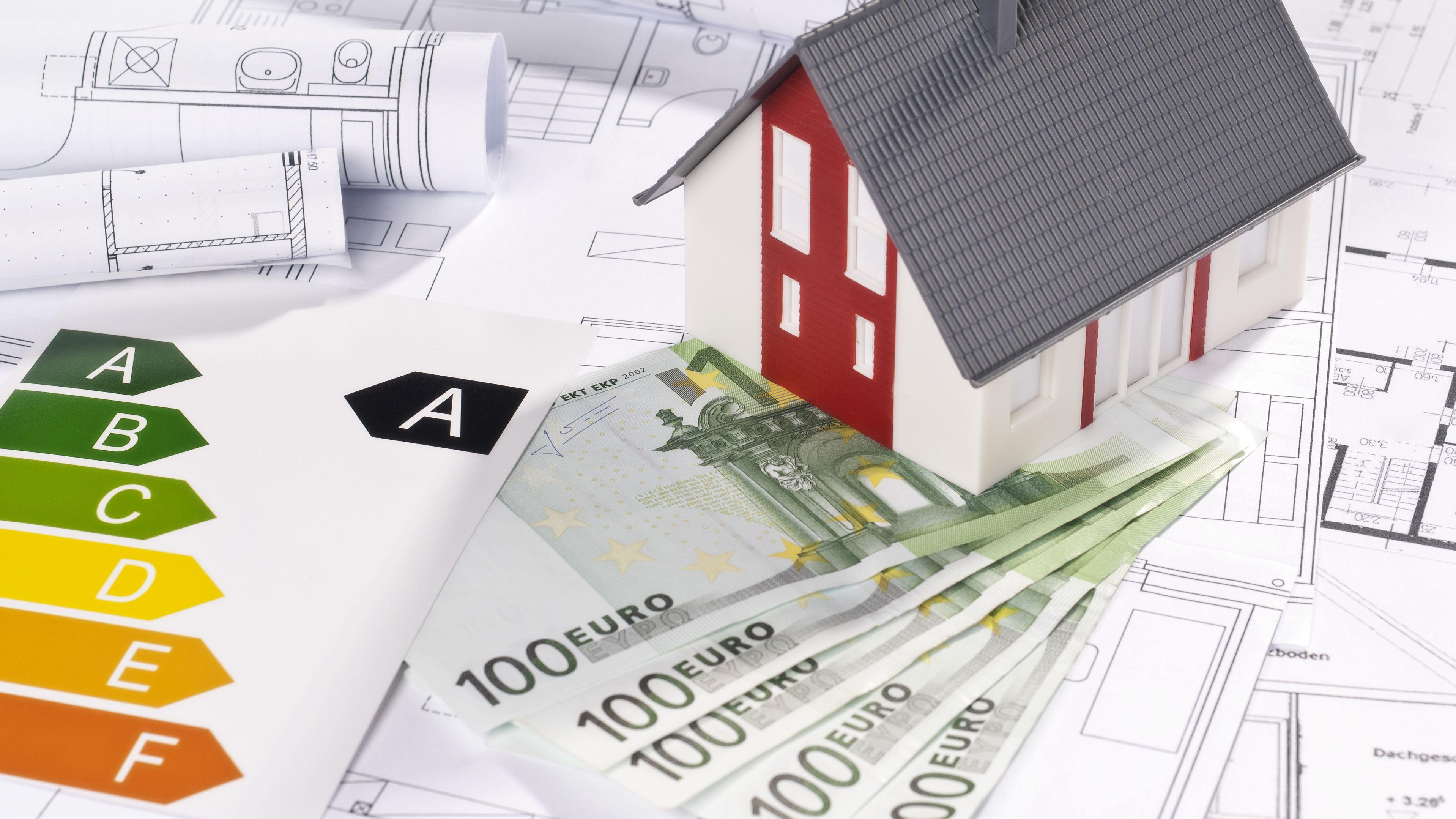 Weniger prominent als die CO2-Steuer sind Steuervorteile für Gebäudesanierungen