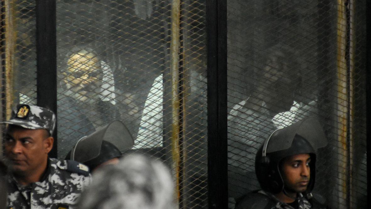 In Ägypten gilt die Muslimbruderschaft seit 2013 als Terrororganisation,  In Deutschland warnt nun der Verfassungsschutz vor der Organisation.