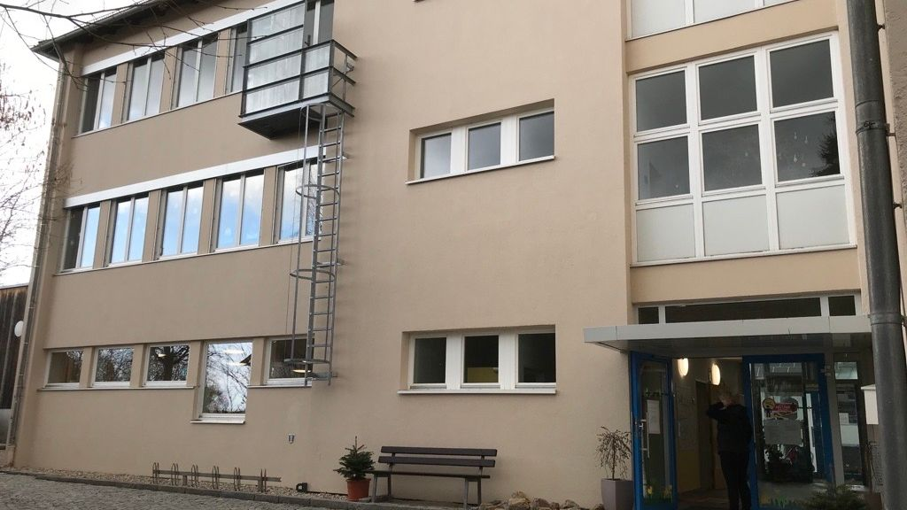 Die Grundschule in Neukirchen