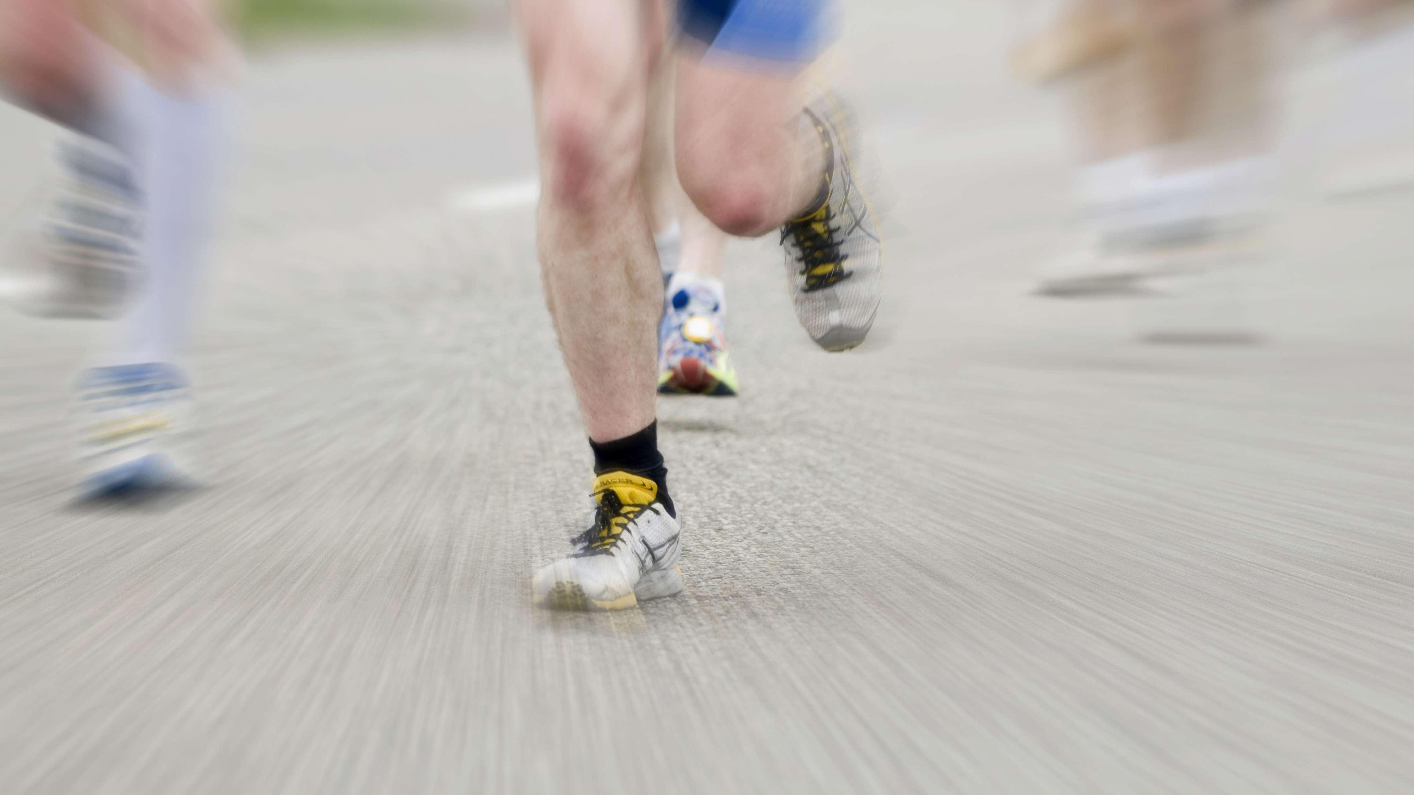 Marathonläufer auf der Straße