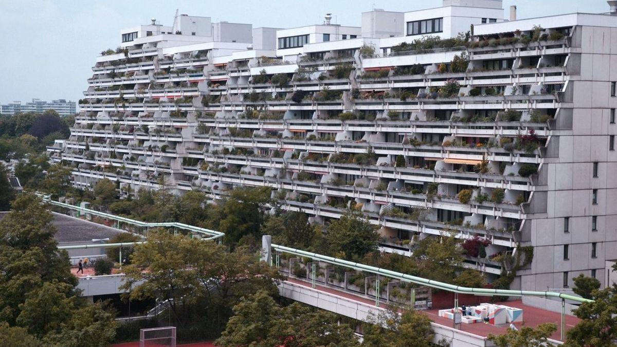 Blick auf die Wohnanlage Olympiadorf in München