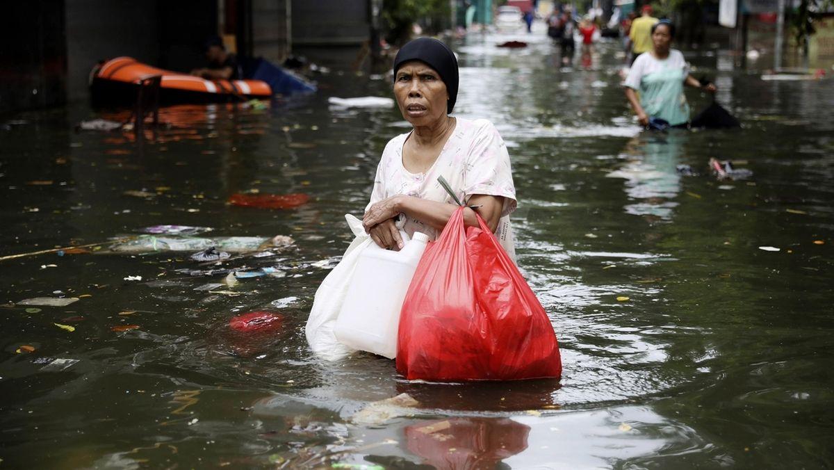 Überschwemmungen in Indonesien