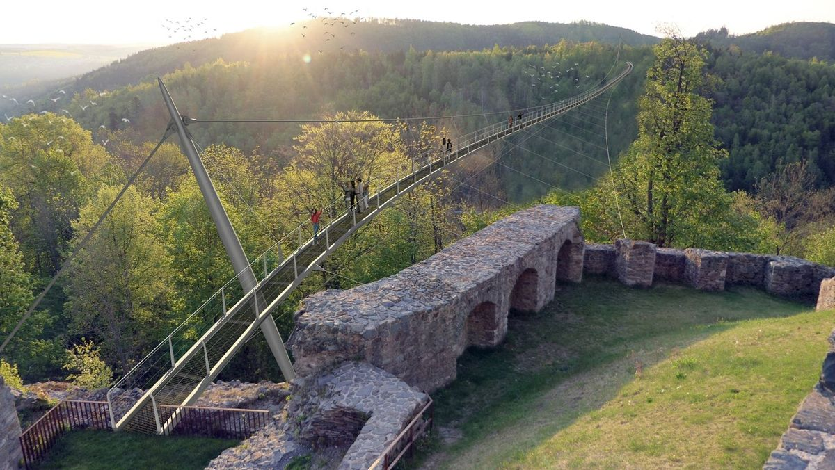 Eine Computergrafik zeigt die Fußgänger-Hängebrücke, die sich von der Burgruine Lichtenberg über das Lohbachtal spannt
