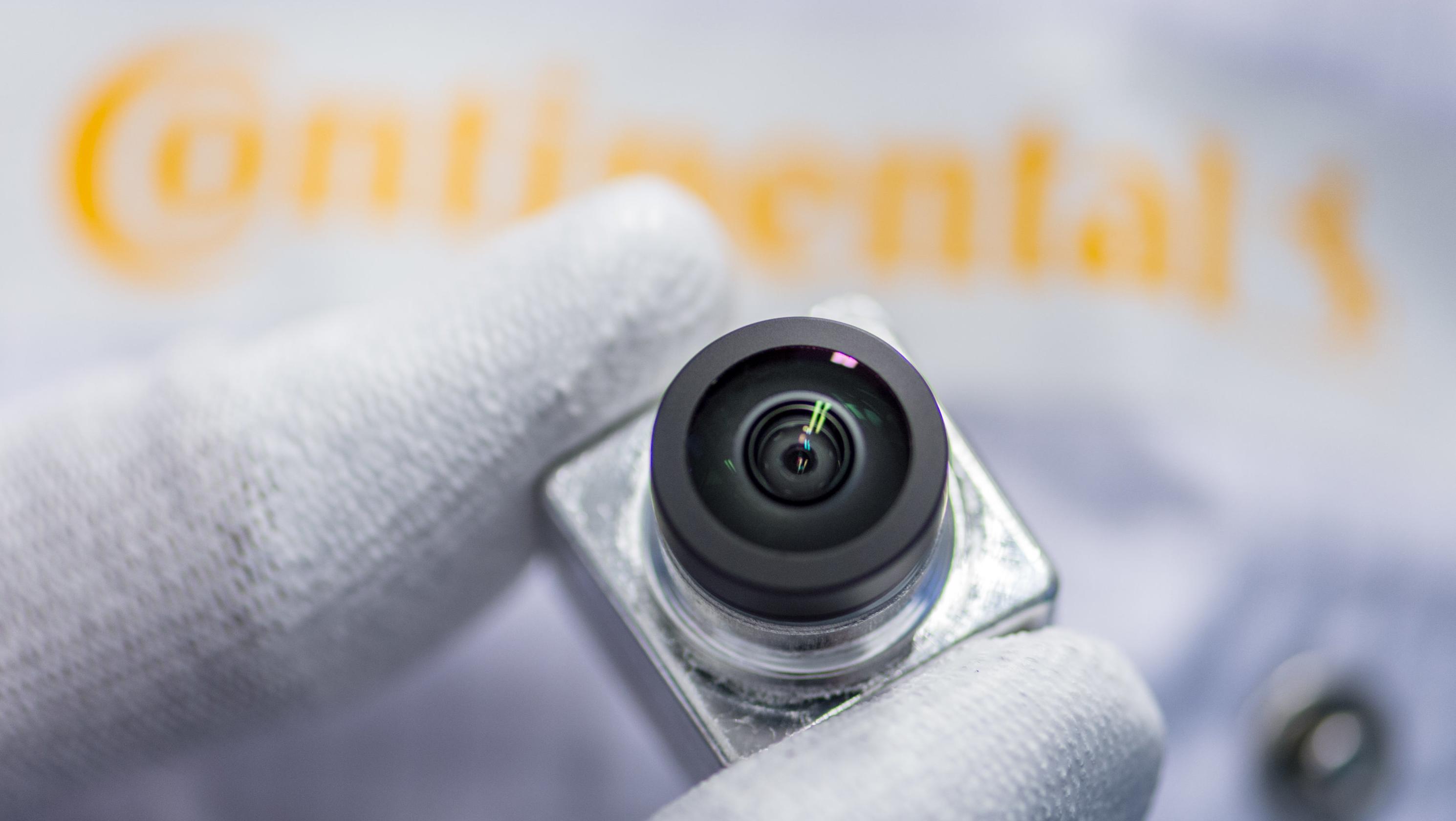 Eine 360-Grad-Kamera in der Produktion im Continental Werk