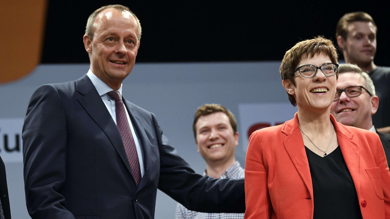CDU-Chefin Annegret Kramp-Karrenbauer und Friedrich Merz nehmen am 12.04.19 an einer Europawahlkampfveranstaltung der CDU teil.