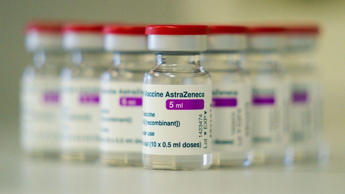 Impfstoff-Ampullen von Astrazeneca