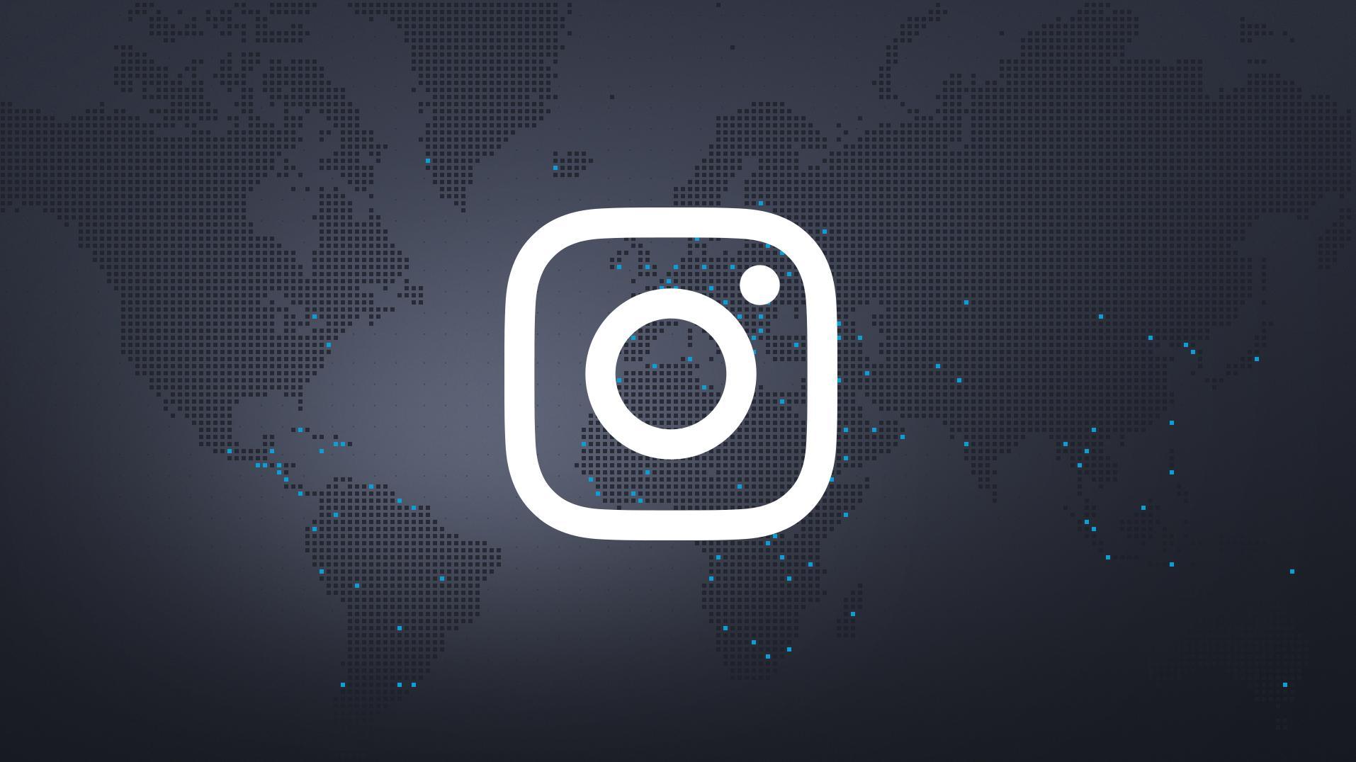 Instagram-Logo auf Weltkarte im schwarz-blauen BR24-Design