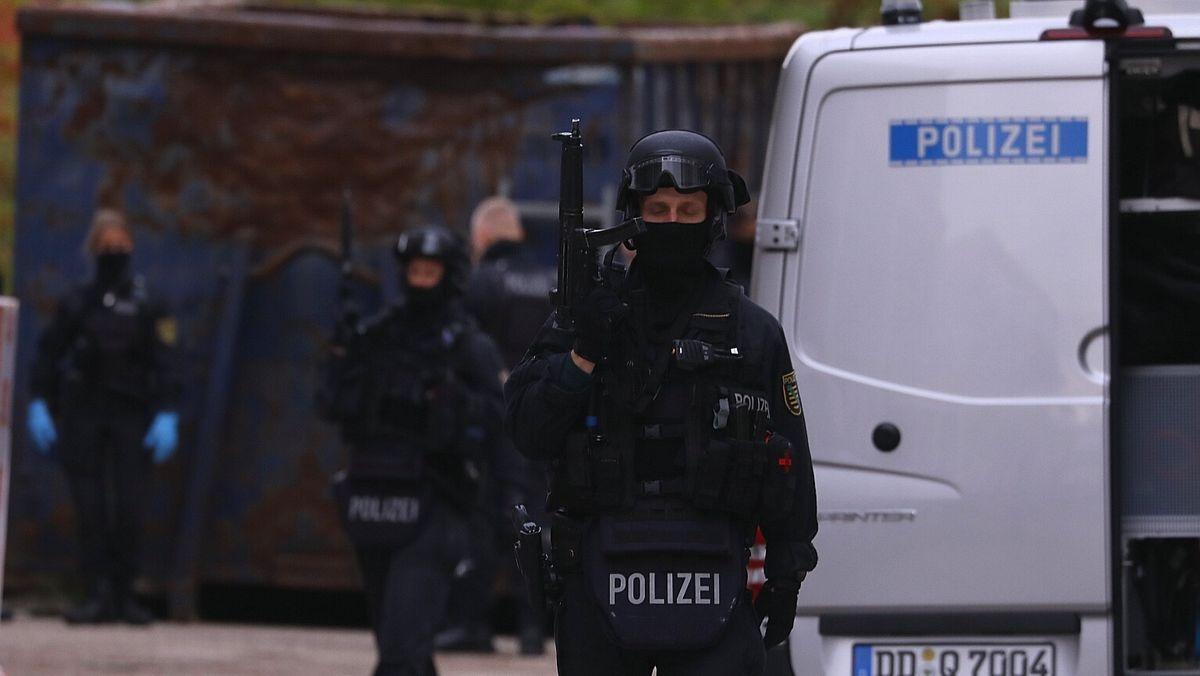 Polizei-Einsatz gegen den Tatverdächtigen der Messerattacke von Dresden