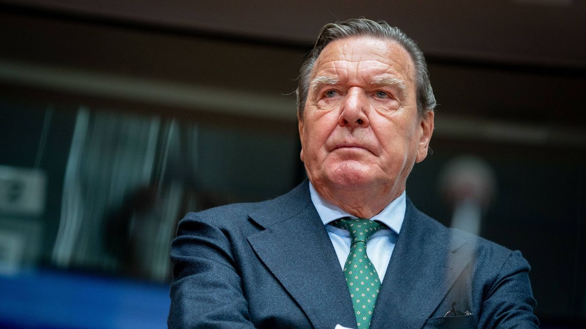 Der ehemalige Bundeskanzler und jetzige Leiter Verwaltungsrat Nord Stream 2 Gerhard Schröder