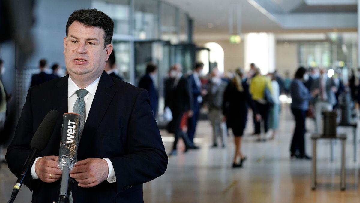 """Bundesarbeitsminister Heil: Liefergesetz """"Meilenstein für Menschenrechte"""""""