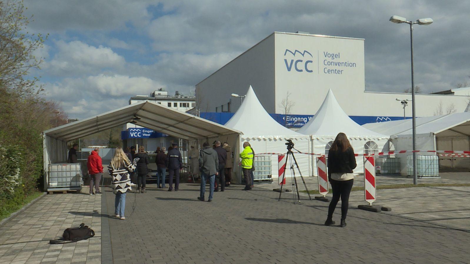 Erste Coronavirus-Drive-In-Teststrecke im Raum Würzburg