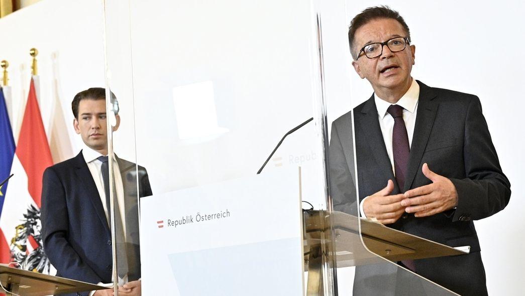 Sebastian Kurz (ÖVP), Bundeskanzler von Österreich, und Rudolf Anschober (Grüne), Gesundheitsminister von Österreich.