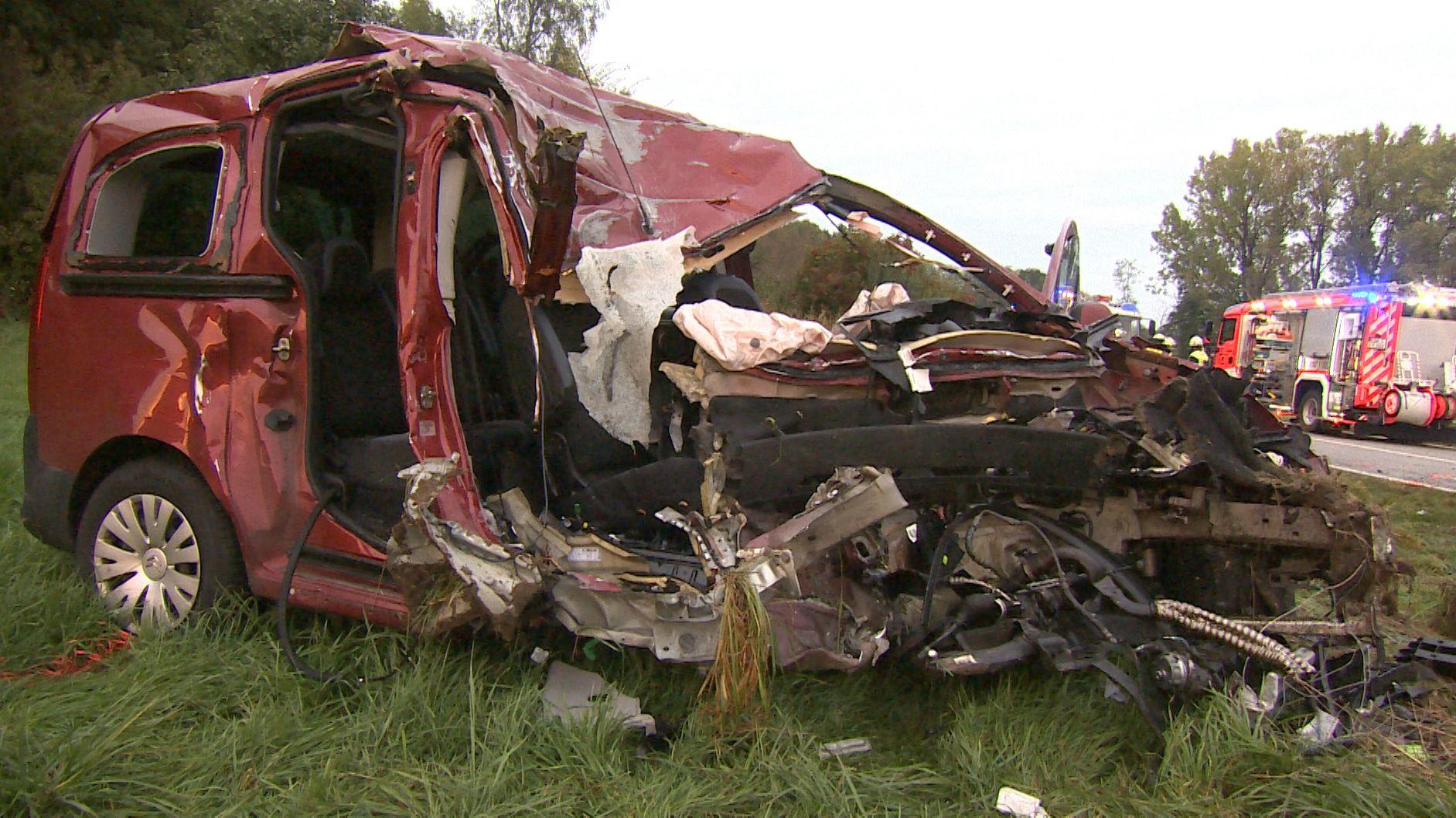 Am späten Nachmittag hat es auf der Flughafentangente zwischen der A94 und Markt Schwaben bei München einen schweren Unfall gegeben.