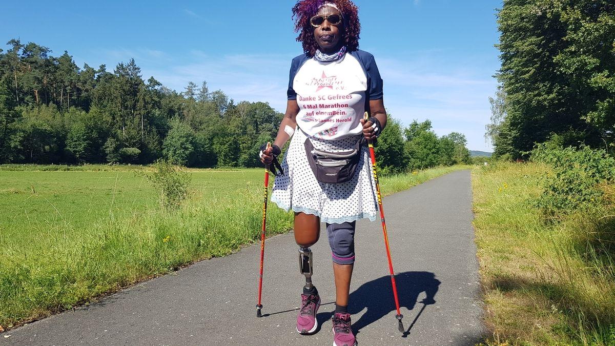 Halbmarathon auf einem Bein