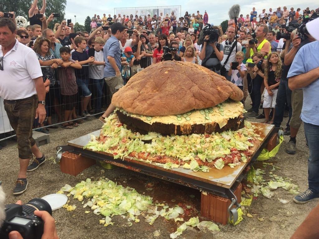 Torte der guinness buch welt größte Der größte