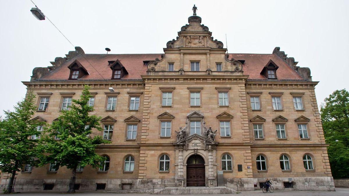 Das Landgericht Regensburg von außen.