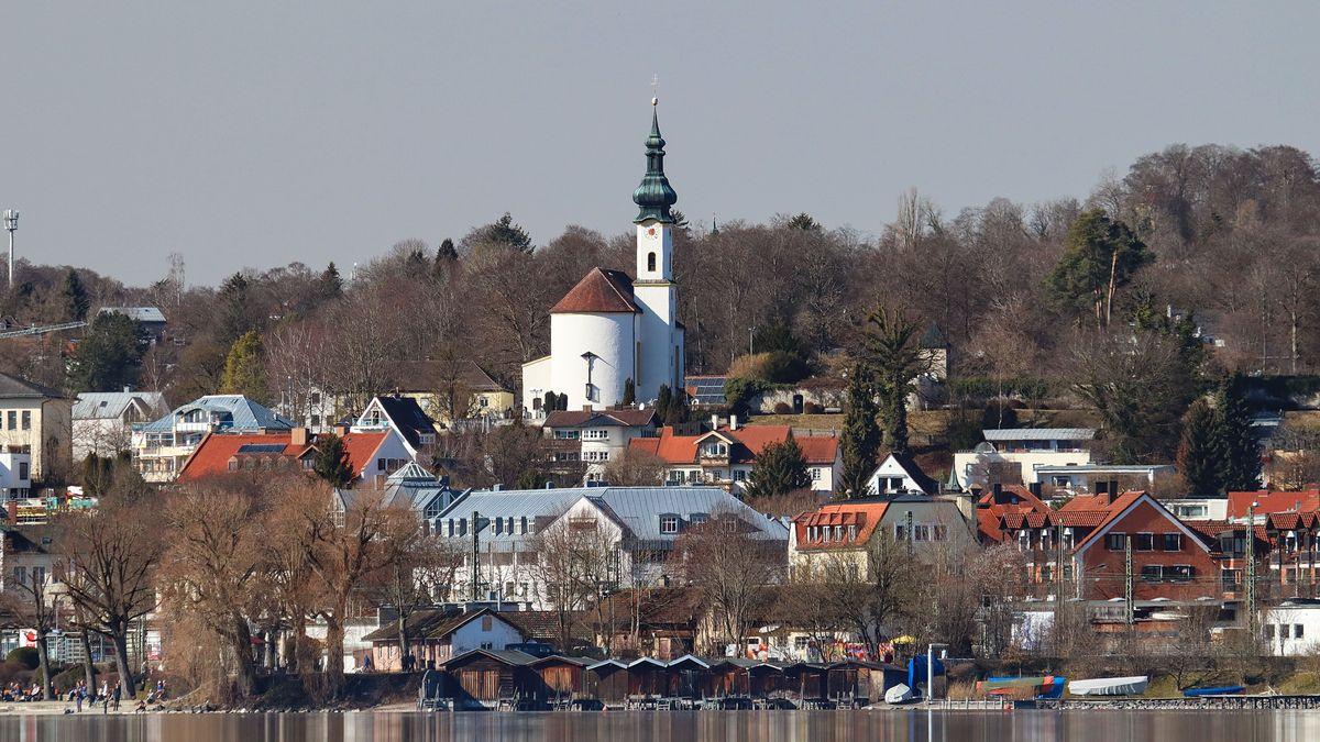 Starnberg vom See aus gesehen