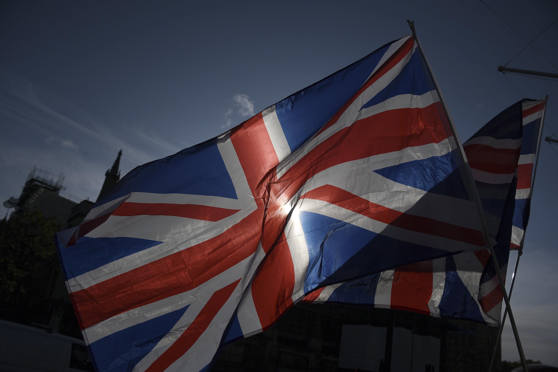 Polit-Spektakel um Frist-Verlängerung: Die irren Brexit-Briefe von Boris Johnson