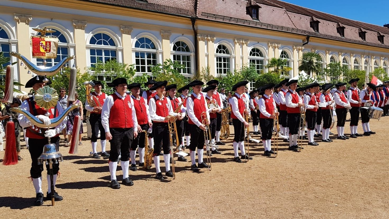Der Tag der Franken 2018 in Ansbach. Klassisch mit Dreispitz und Schnallenschuhen war die Heilsbronner Stadtkapelle unterwegs