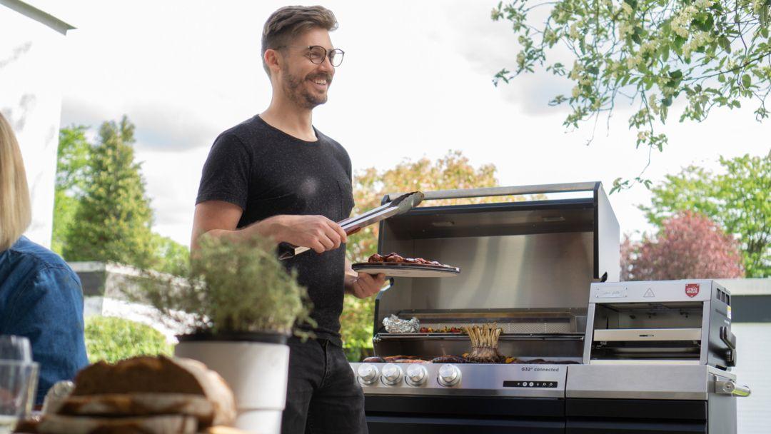 Einstieg ins Outdoor-Cooking: Eine modulare Outdoor-Küche mit dem Gasgrill und Oberhitzegrill