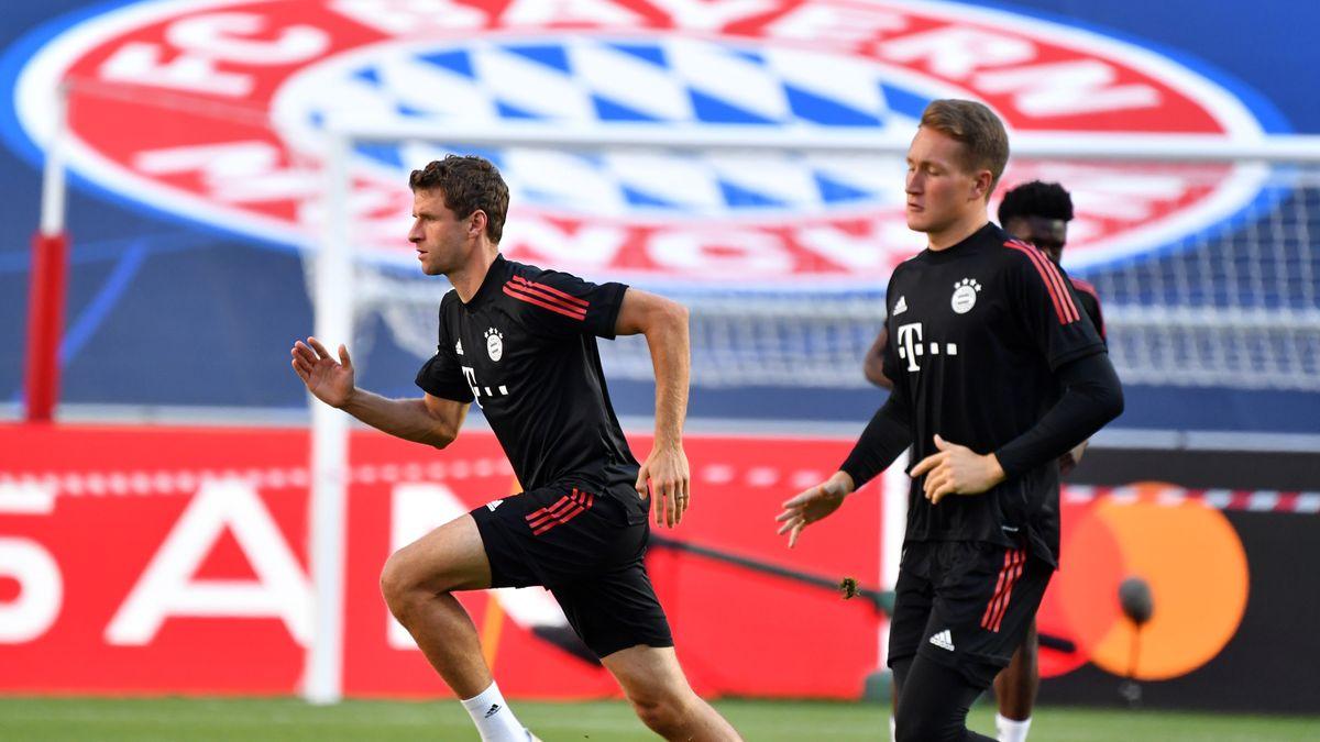 Der FC Bayern bereitet sich auf das Spiel gegen Paris St. Germain vor