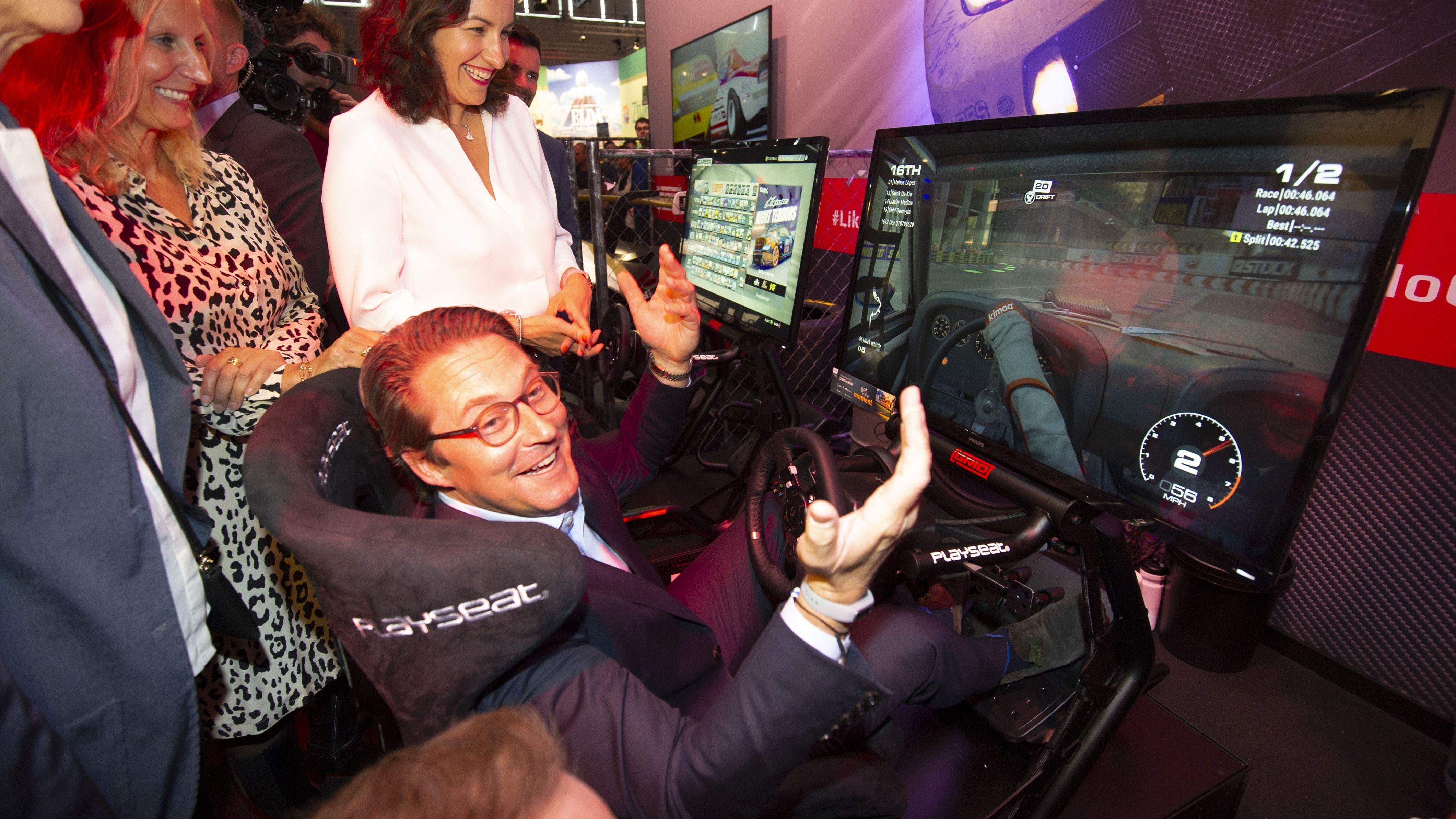 Verkehrsminister Andreas Scheuer auf der Gamescom.