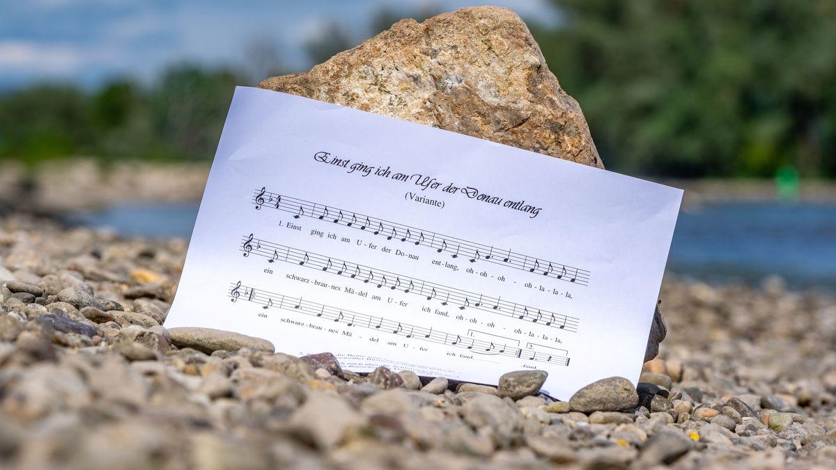 Notenblatt mit dem Liedtext des Donauliedes