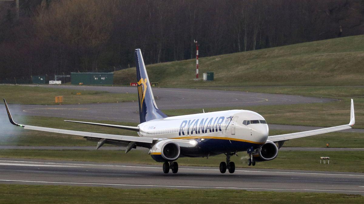 Symbolbild einer Ryanair-MAschine