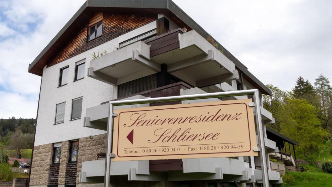 Monatelang sollen Bewohner der Seniorenresidenz Schliersee völlig unzureichend betreut worden sein.