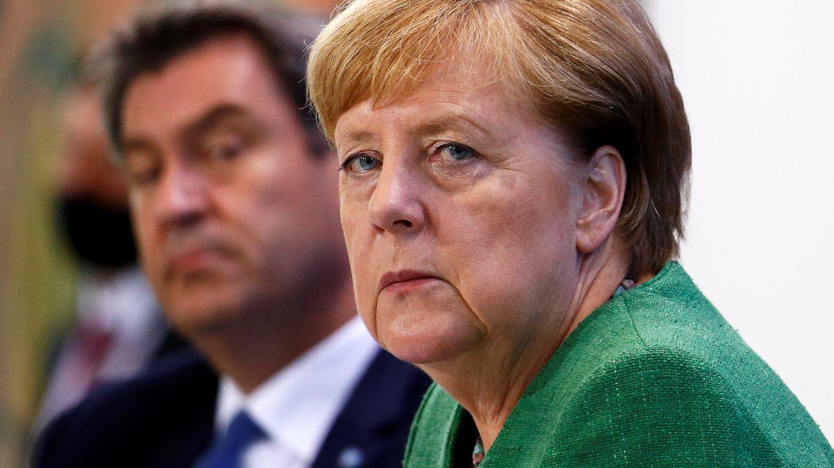Archivbild: Merkel und Söder
