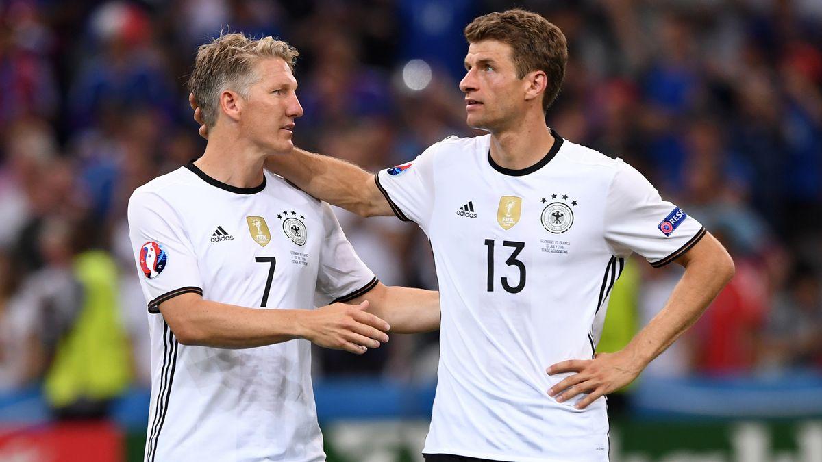 Ehemalige Nationalmannschafts-Kollegen: Bastian Schweinsteiger (l.) und Thomas Müller