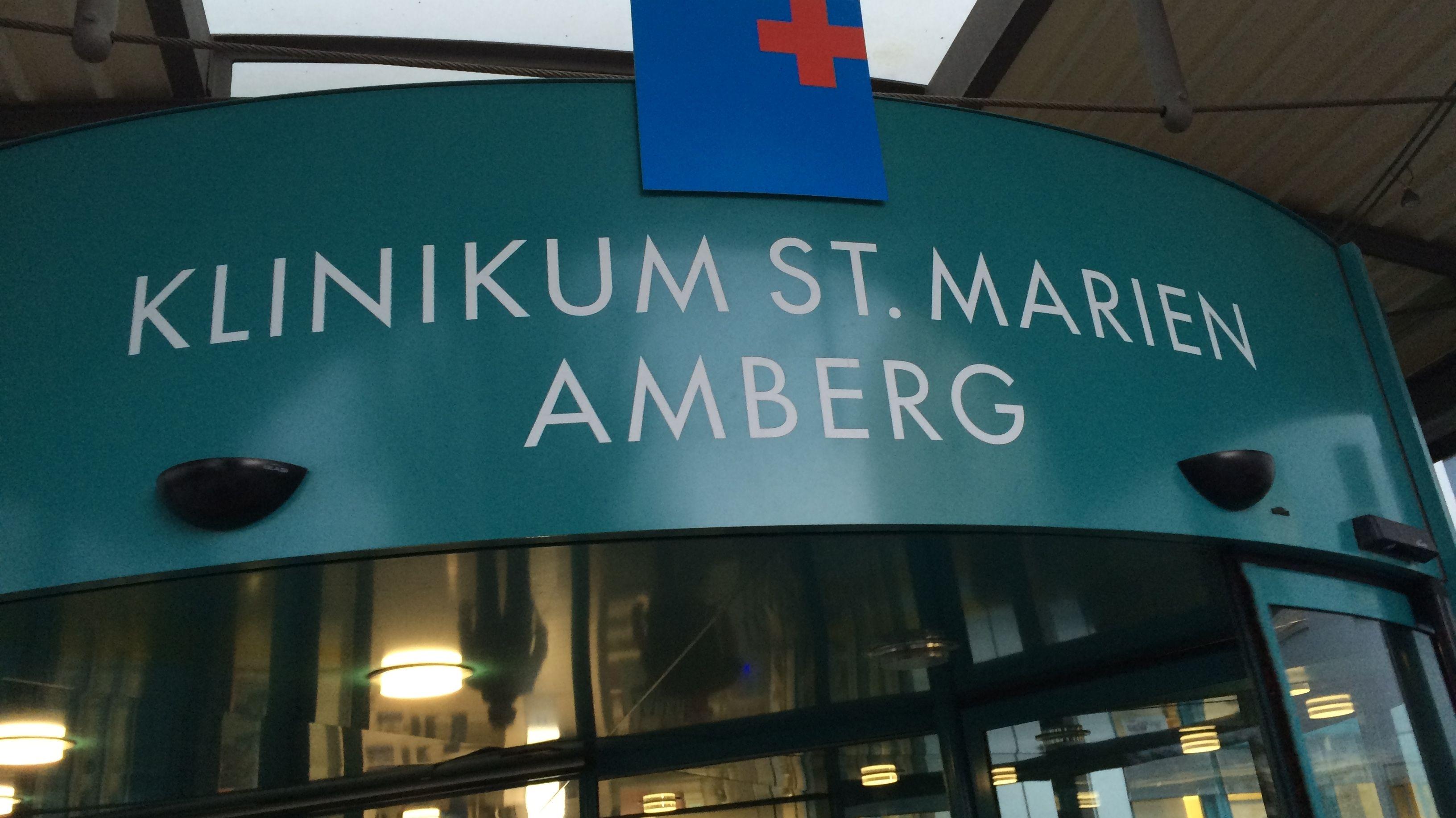 Eingang zum St. Marien-Klinikum in Amberg