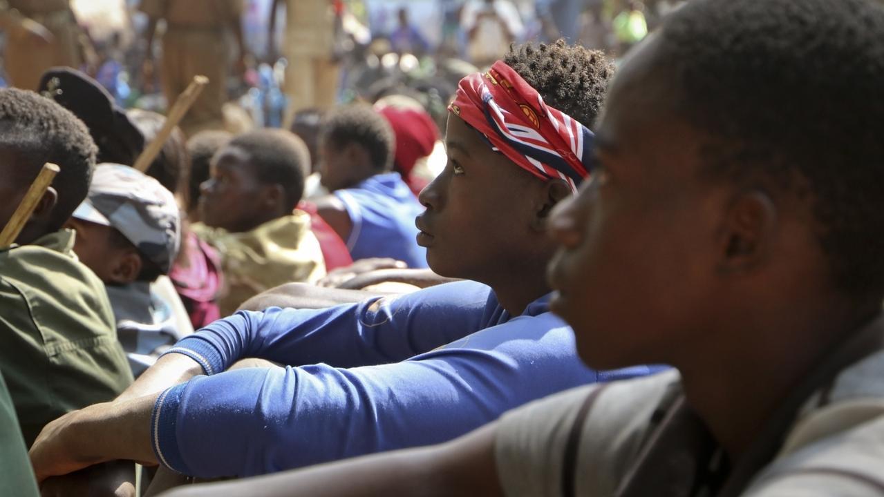 Mehr als 200 Kinder sind im Bürgerkriegsland Südsudan von bewaffneten Gruppen freigelassen worden. Dies war die zweite Freilassung innerhalb weniger Monate, die von den VereintenNationen unterstützt wurde.