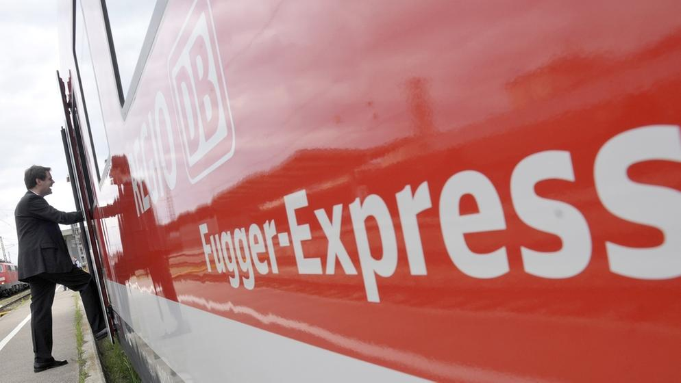 Ein Fugger-Express der Deutschen Bahn (Archivbild) | Bild:picture-alliance/dpa/Stefan Puchner