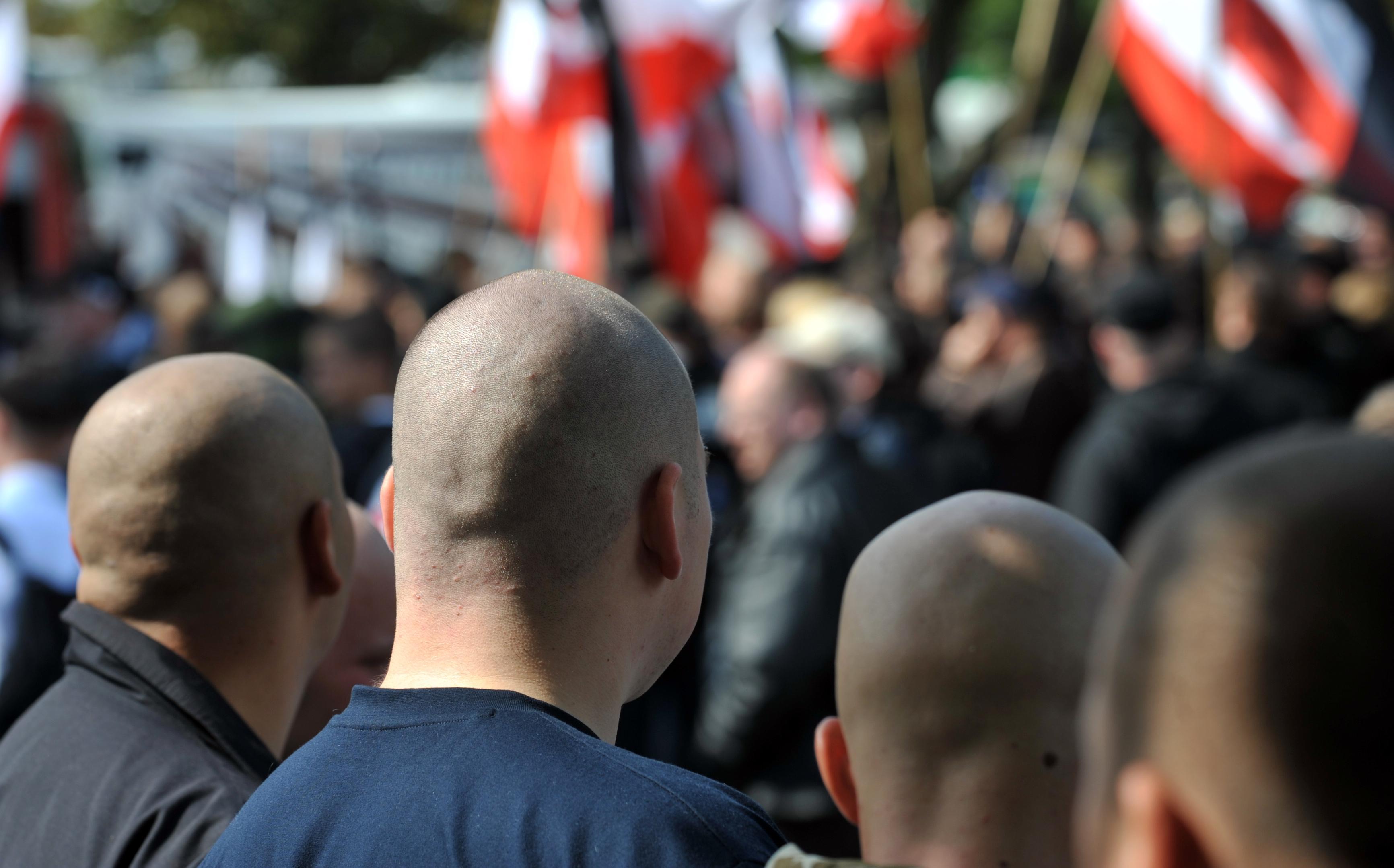 Kriminalität: Bericht: Verfassungsschutz registrierte 2018 Zunahme rechter Gewalt