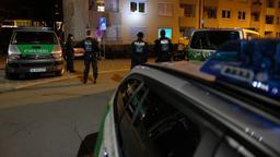Polizisten am Tatort   Bild:News5