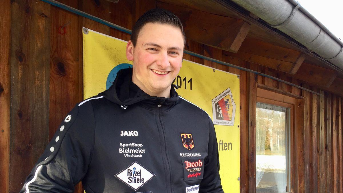 Michael Späth, Eisstock-Schütze, 21 Jahre, vom FC Altrandsberg