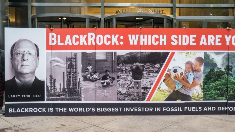 Demonstranten vor der Blackrock-Zentrale in New York