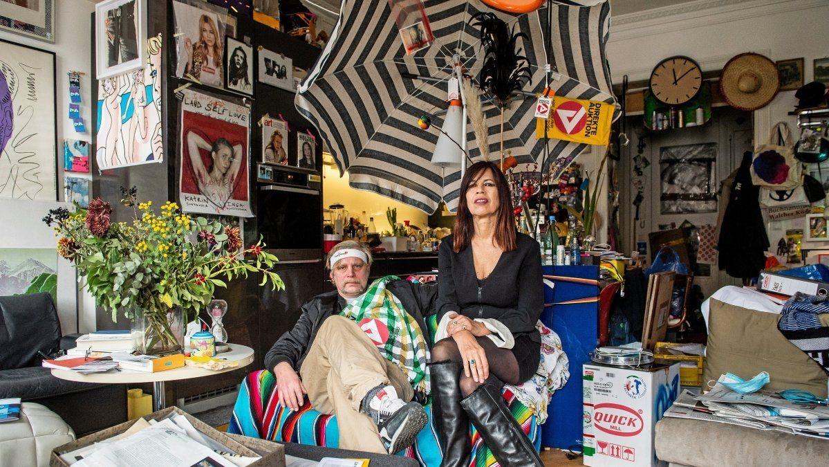 Die Organisatoren der Hilfsauktion: Holm Friebe (l.) und Bettina Simmer