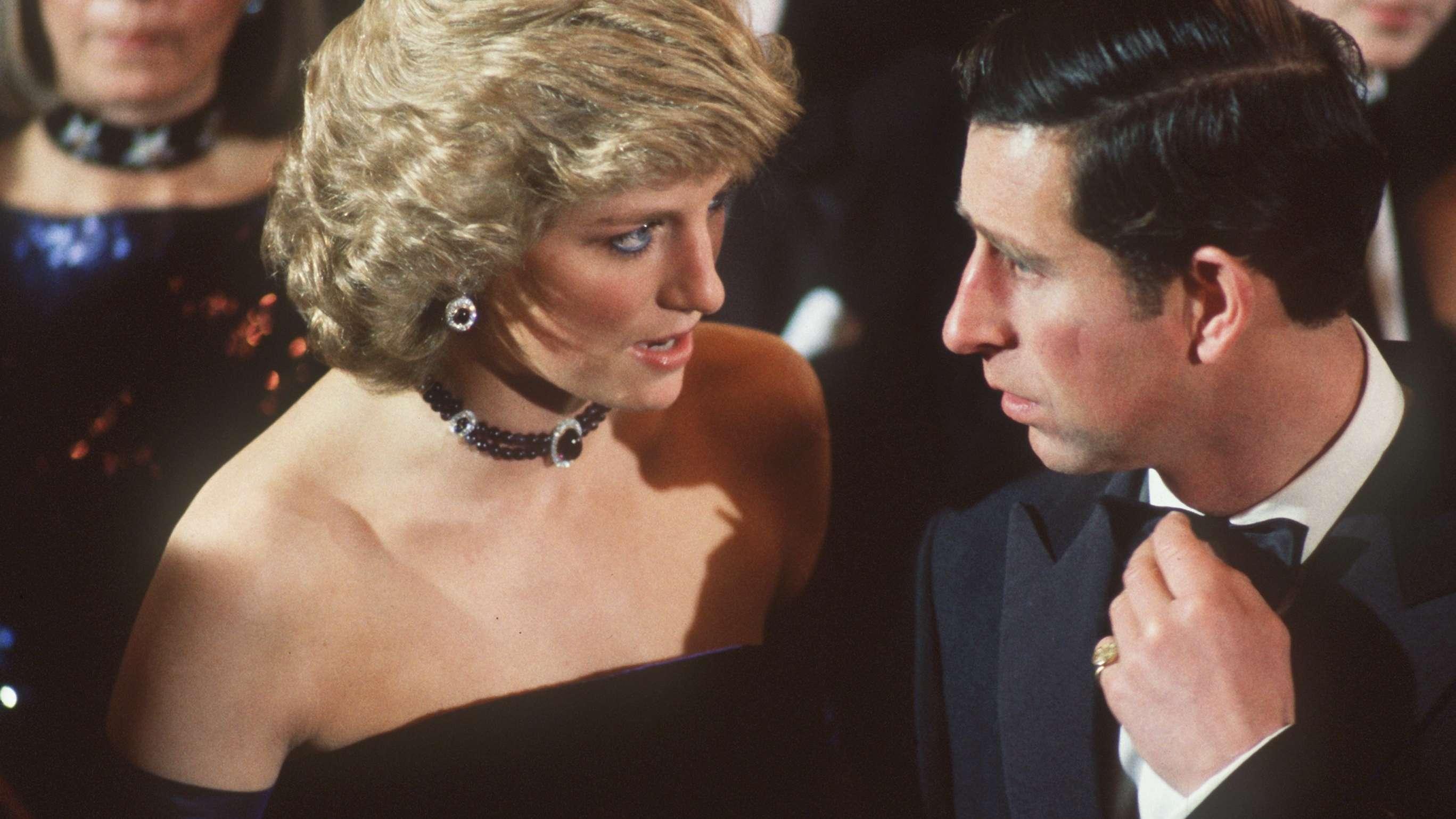 München-Besuch 1987: Prinzessin Diana mit Ehemann Prinz Charles in der Münchner Oper. Die Ehe kriselt – aber vielleicht gibt es noch eine Chance?