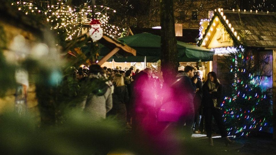 Ein bayerischer Weihnachtsmarkt (Symbolbild)