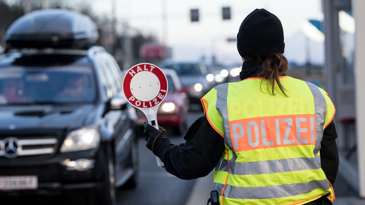 Grenzkontrolle zwischen Deutschland und Österreich