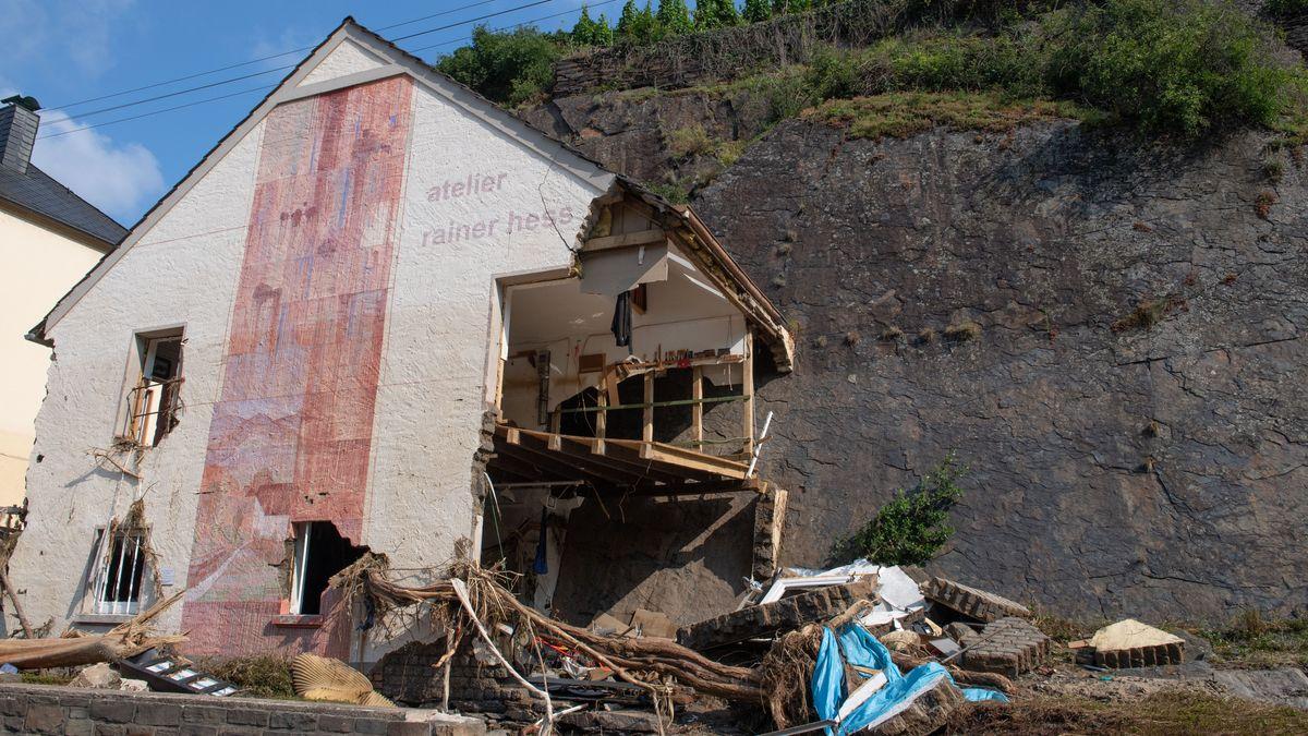 Ein von der Flut zerstörtes Haus